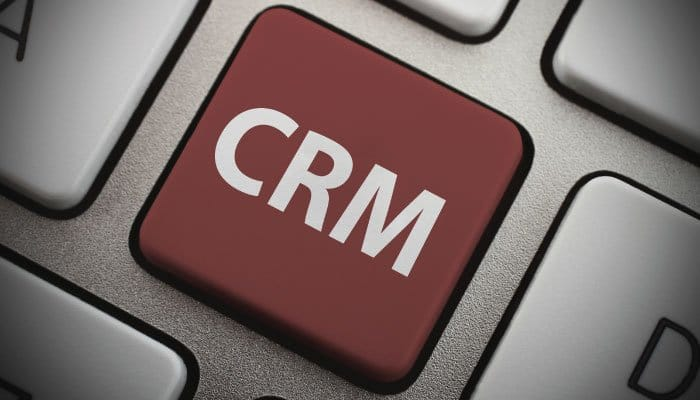 Advantage & Disadvantages of CRM